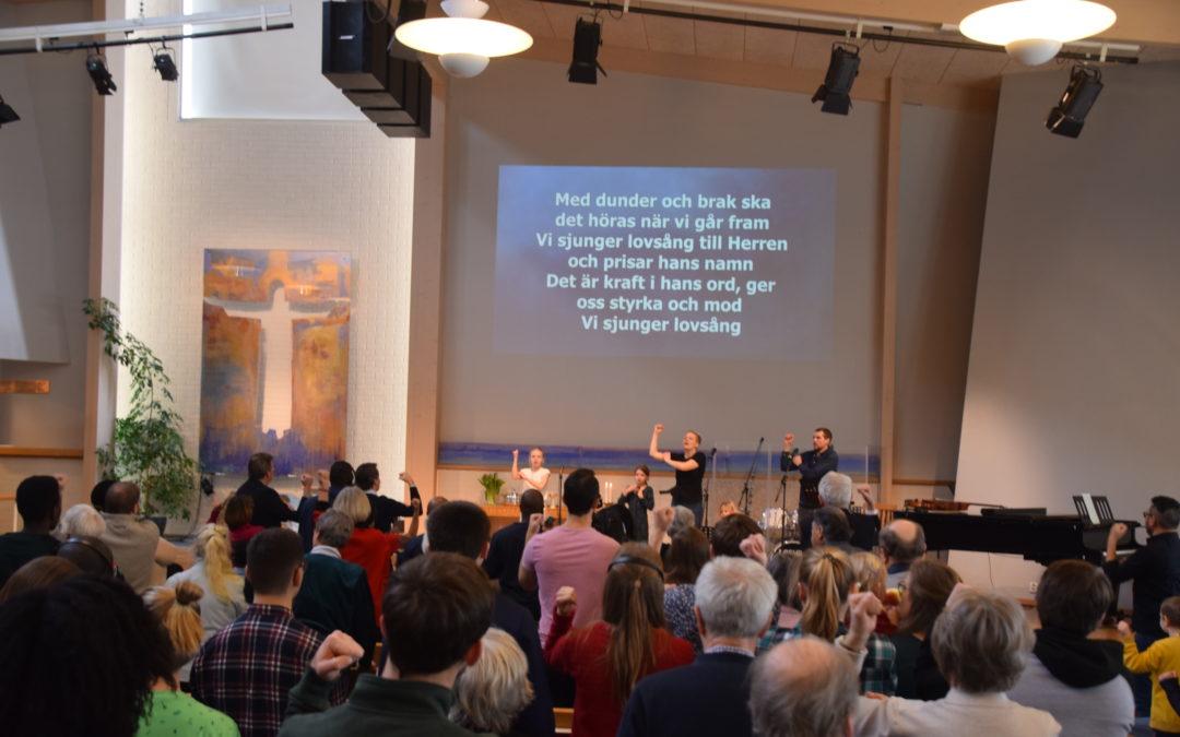 Gudstjänster i kyrkan – tillbaka den 16 aug